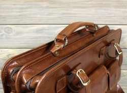 Портфель большой из мягкой кожи коньячный