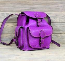 Рюкзак малый из жесткой кожи пурпурный