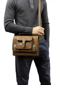 Сумка-барсетка с карманом коричневая