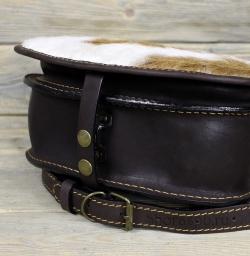 Женская сумка с мехом коричневая